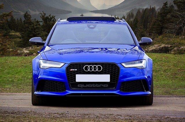 čelní pohled na auto.jpg