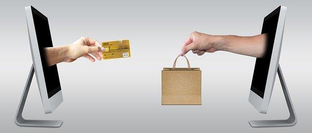 Plastové obálky jako dokonalý balicí materiál pro vaše zboží